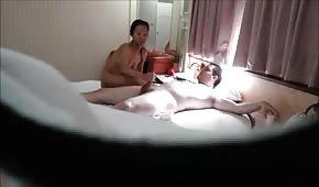 Orientalna bogini masuje penisa