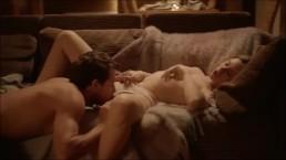 Seks przy kominku z blond laseczką