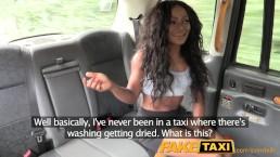 Seks z murzynką w taksówce