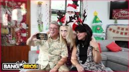 Świąteczny seks ze zgrabną blondi