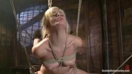 Ostre porno ze związaną blondynką