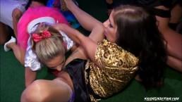 Lesbijska orgia w nocnym klubie