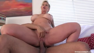 masaż sutków porno