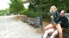 Na ławce w parku
