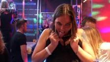 Lesby w klubie