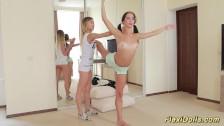 Wygimnastykowane i młode lalunie