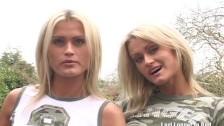 Dwie seksowne siosty napalają się na długiego kutasa
