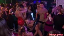 Ostre dymanko na sex imprezie