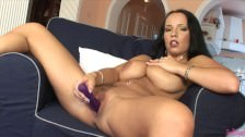 Laura Lion z dildo