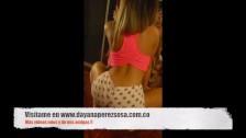 Yisela Avenda kręci swoją dużą dupcią
