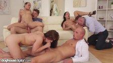 Grupowy sex w domu