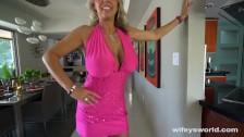 Niezła mamcia w różowej sukience